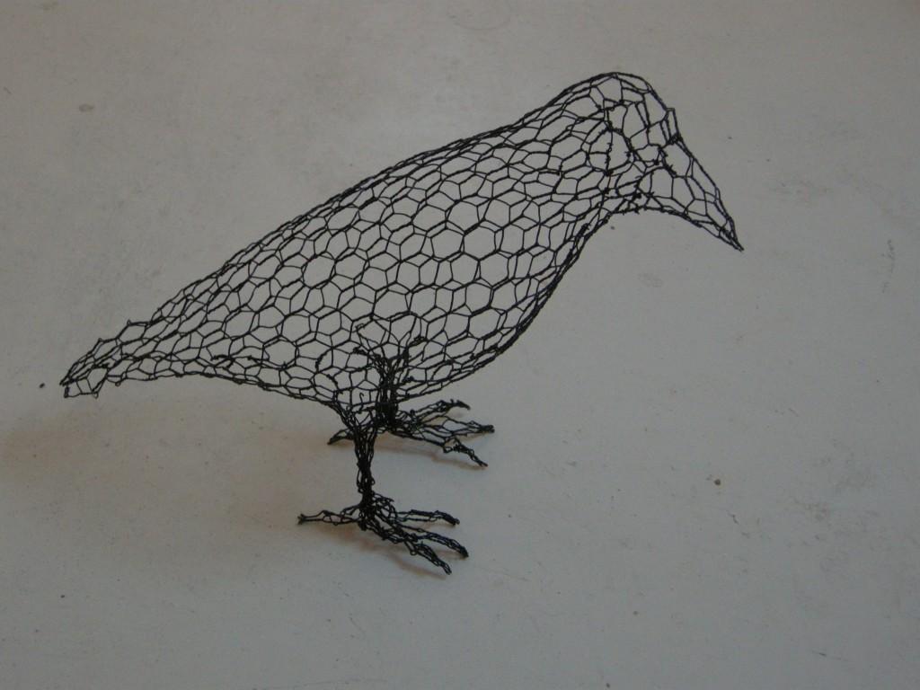 铁丝网做成漂亮的镂空动物雕塑 萌翻了全球人()
