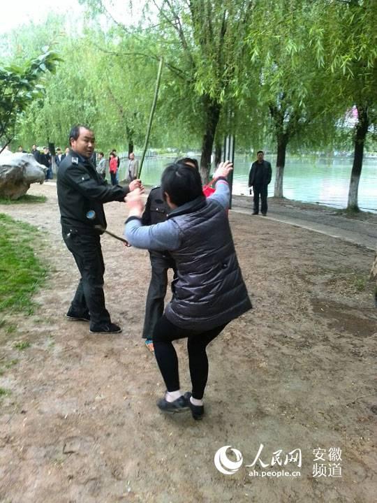合肥城管暴打散步公务员及家人 回应称打错人 - yangliuyingchun - yangliuyingchun的博客