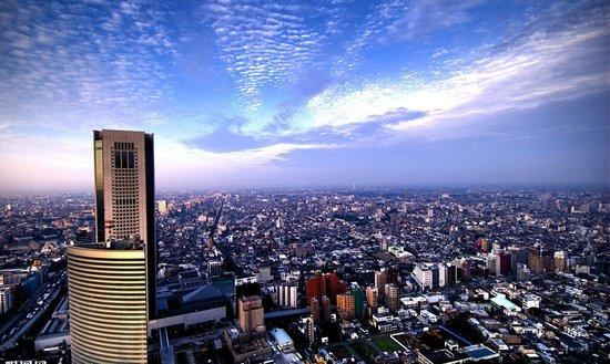 中国楼市冰火两极 三线城市房价降幅扩大图片