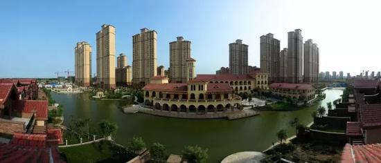"""""""天地墅院 不负时光"""" 华强城·拉菲庄园340-410㎡湖岸大宅,实景现房,仅9席!"""