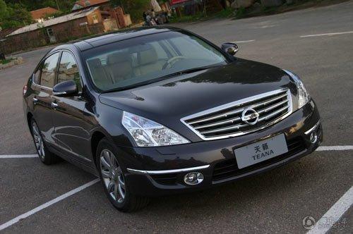 nissan高级轿车品牌的典范之作,也是日本皇室的御用汽车品牌,高清图片