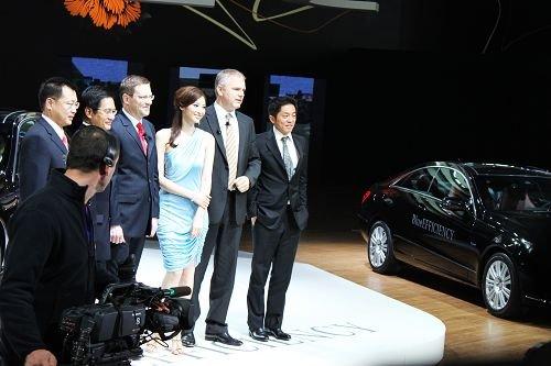 梅赛德斯-奔驰E级3款新车上市 售48.8万起