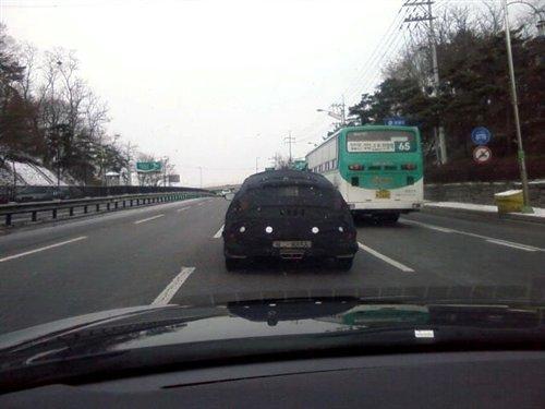 全新运动型轿车 现代Veloster路试曝光