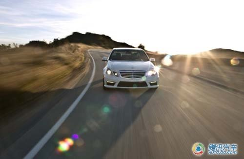 新任运动征服者 试驾2010款奔驰E63 AMG