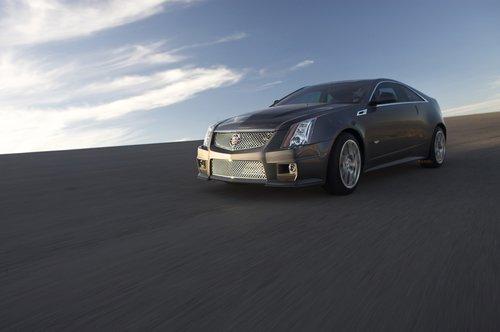 凯迪拉克2011款CTS-V跑车将亮相北美车展