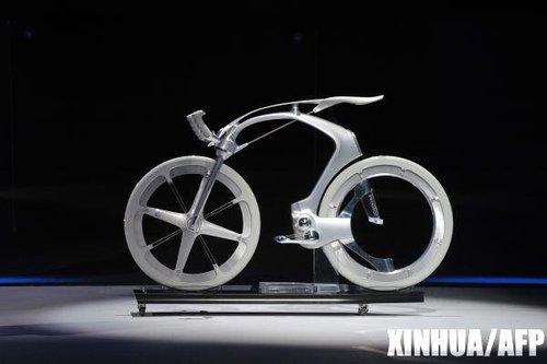 法国标致汽车展示概念电动自行车