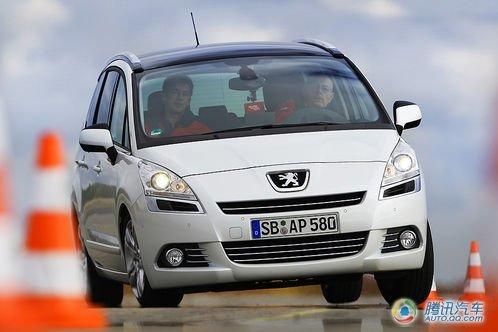 法式实用美学 试驾标致5008家用7座MPV