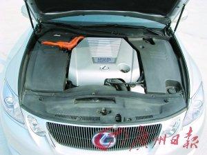 后排和行李厢空间小 试驾雷克萨斯GS450h