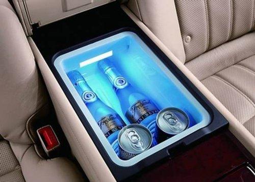 153.车载冰箱位置