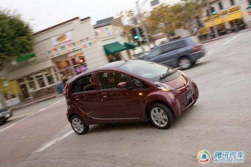 畅享低碳生活 试驾2010款三菱i系电动车