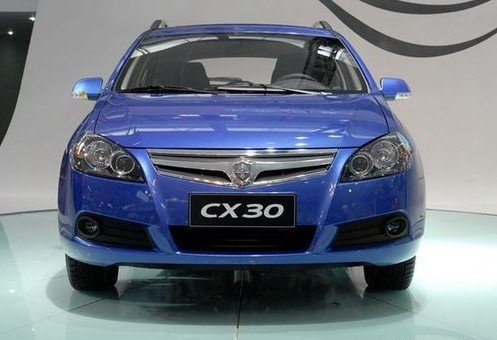 预计8-10万元 长安CX30或将于四月上市