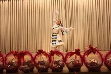 让爱四季常青 北京京宝行敬老院爱心之行
