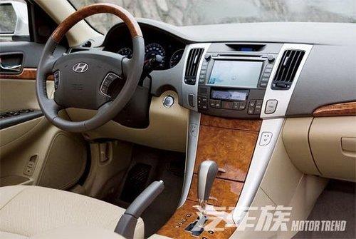 见好不收 试驾北京现代中级车索纳塔领翔