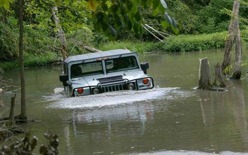 汽车涉水致制动器进水的处理方法