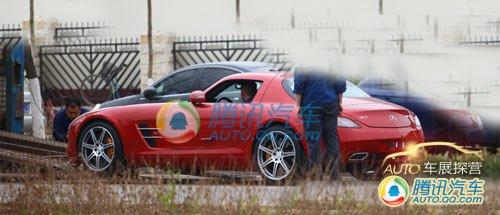 [车展探营]路边偶遇奔驰SLS AMG跑车