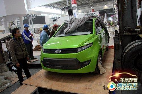 [车展探营]一汽集团展台遇到的绿色新车