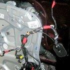 夏季高温 老旧车辆需查油路电路防自燃