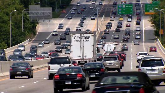 分析机构:2018年美国人因堵车造成的经济损失达870亿美元