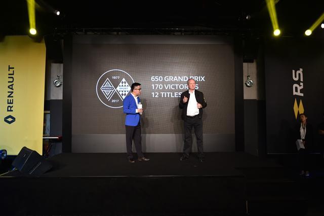 运动基因传承百年 雷诺F1上海之夜
