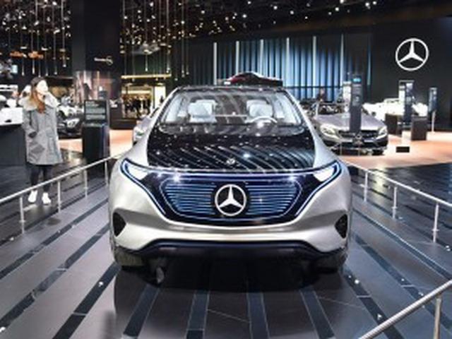 eq,concept a sedan等概念车的设计风格非常相似,但前大灯内部结构又