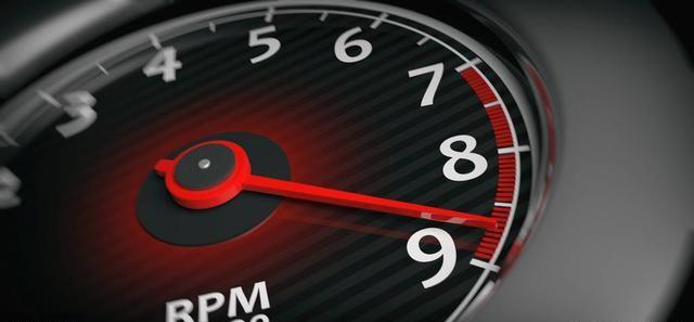车速120码的时候发动机多少转算正常 你的爱车达标了吗