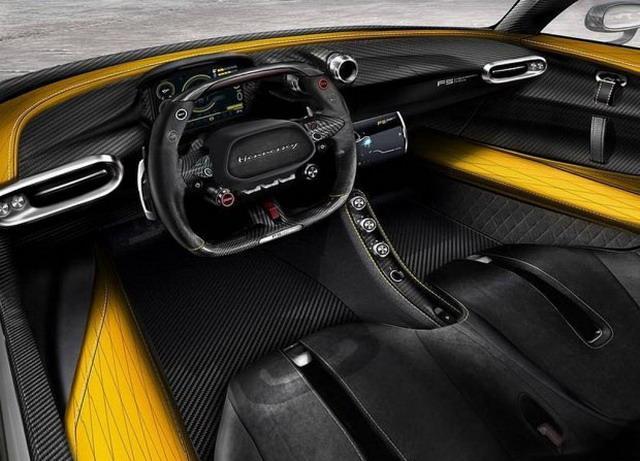 极速484km/h  Hennessey Venom F5内饰官图