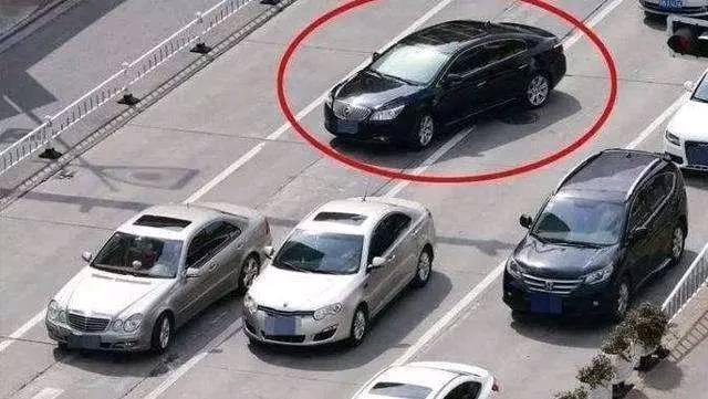 高手開車的特點?