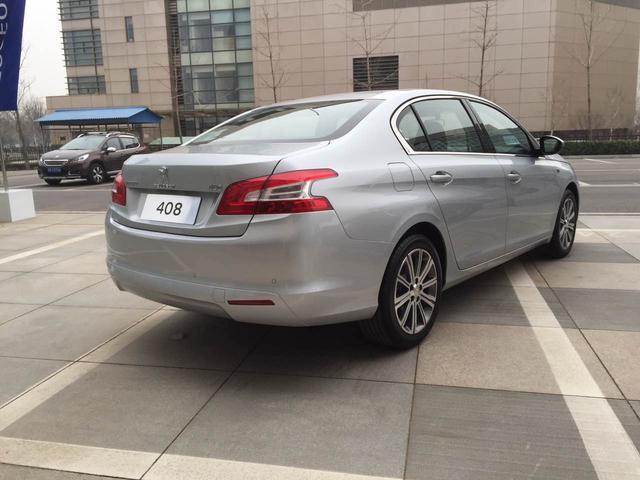 东风标致新408 1.2t车型上市 售15.17万元