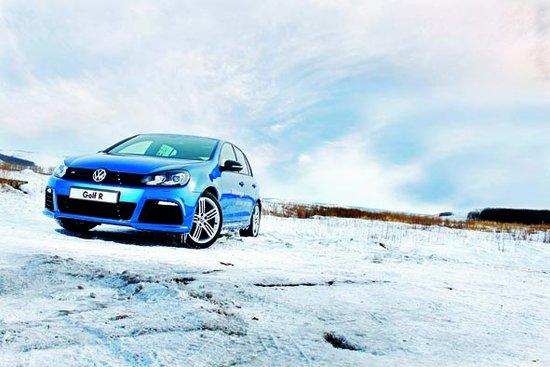 超越经典 全新大众高尔夫R冰雪驾驶体验