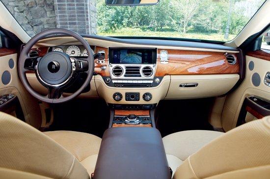 皇亲国戚 劳斯莱斯古思特 带 给你 至尊 体验 汽车高清图片