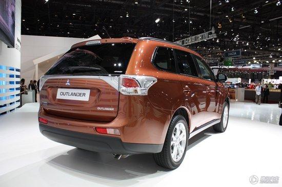 三菱新一代欧蓝德日内瓦车展全球首发