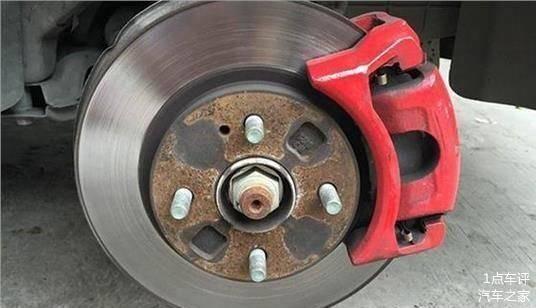 怎样判断刹车片是否要更换