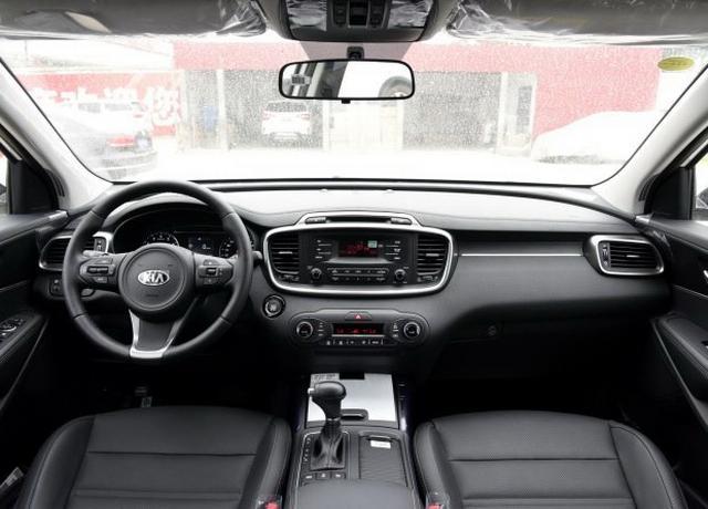 2018款索兰托L推10款车型 增2.0T动力