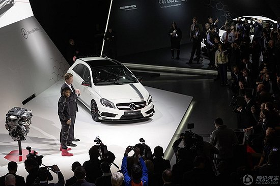 [新车解析]奔驰A45 AMG高性能车首发亮相