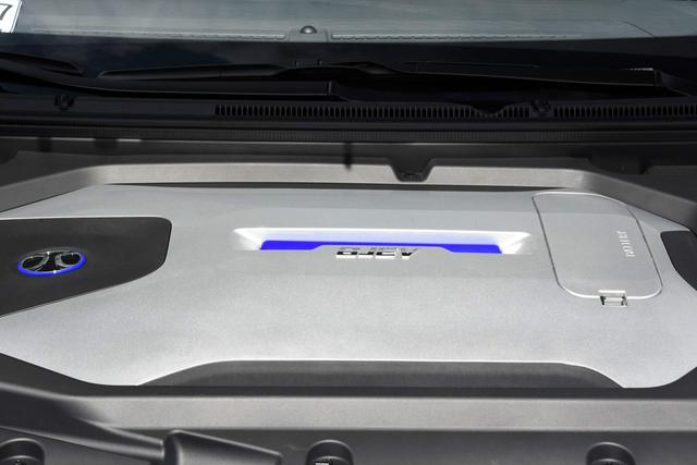 城市代步首选 实惠家用纯电动轿车推荐(4)