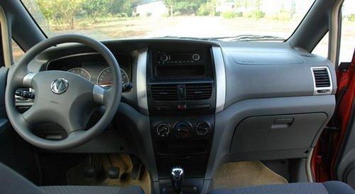 日产NV200上市 四款同级商用MPV对比导购