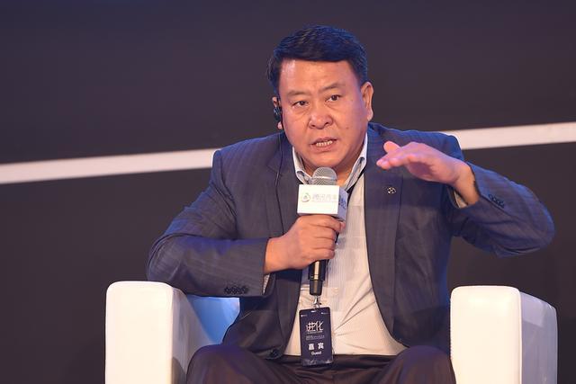 北汽集团党委书记、董事长 徐和谊 发表观点