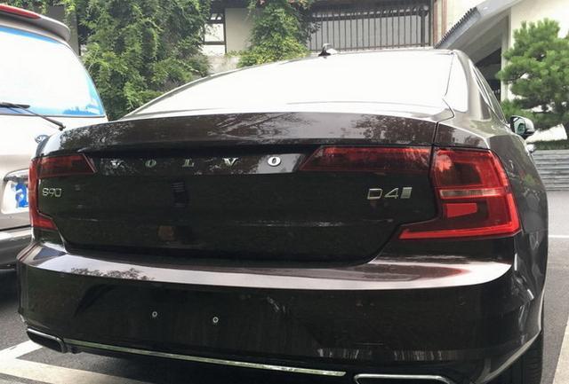 搭6速手动变速箱 沃尔沃S90柴油版车型谍照