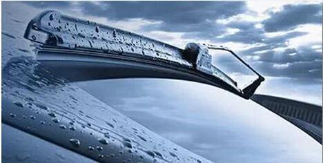 汽车雨刷爆震或声音大 3招解决让你多用2年