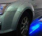 左前轮胎特写