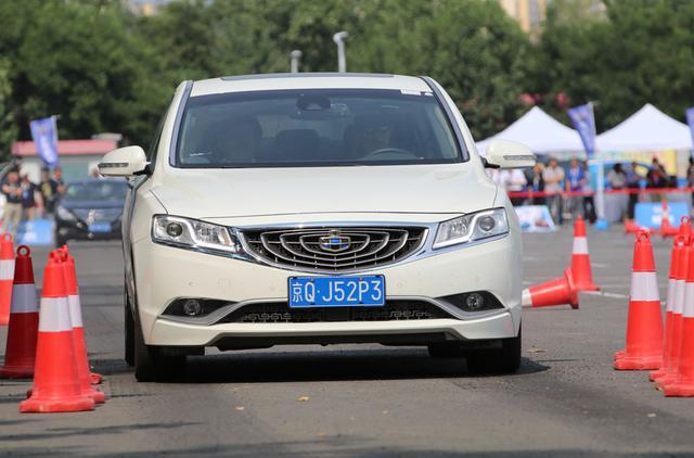 远景腾讯/帝豪gs对比汽车北京应该_吉利_博瑞网试驾suv举办装些什么图片