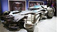 全新蝙蝠侠战车走出银幕上街狂飙