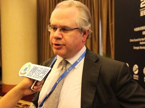 孔克:新能源汽车技术变革需要政府引导