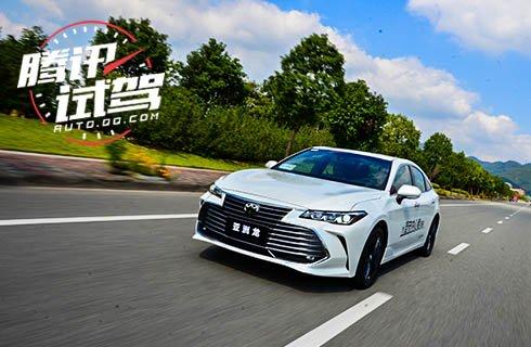 超乎想象的加速体验 一汽丰田亚洲龙2.0L试驾