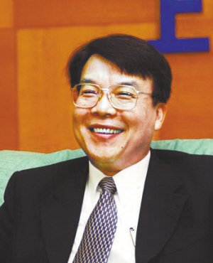 陈志鑫:上汽坚守中高端切入 差异化营销