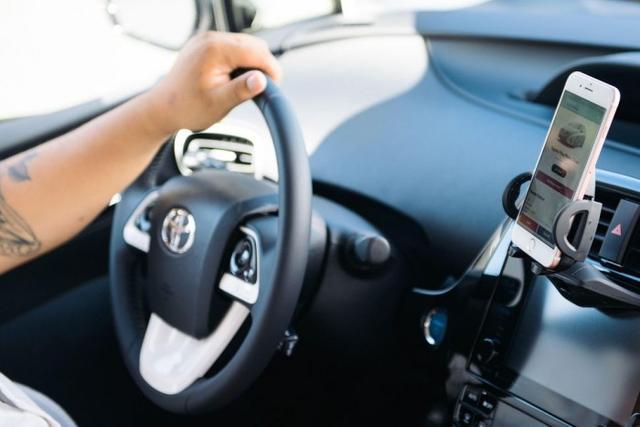 智能手机将可能充当钥匙解锁并启动租用的车辆