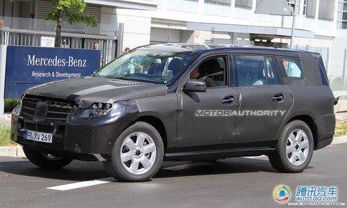 奔驰换代GL路试谍照曝光 2012年正式发布