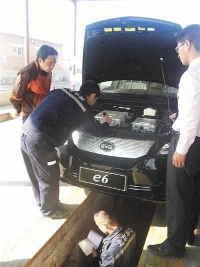 比亚迪e6首次在京交车 少量现车到店