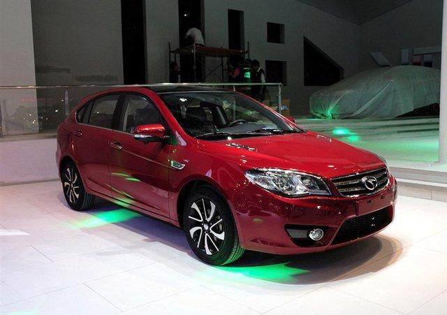 东南V6菱仕1.5T车展上市 售8.68-9.98万元