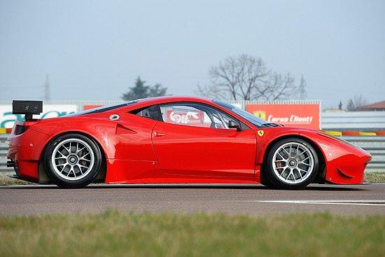 2013法拉利赛道嘉年华 458 gt2赛车介绍高清图片